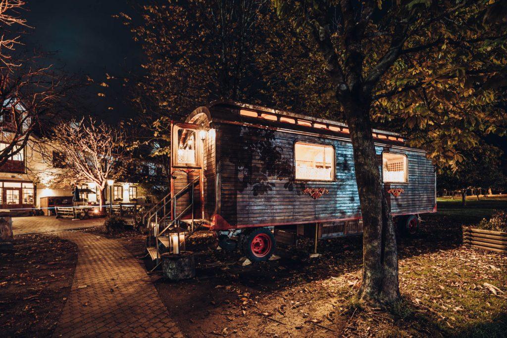 reitsbergerhof-zur-landlust-zirkuswagen-mokati-fotos-film-2